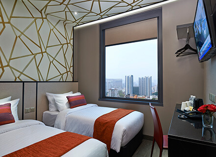 Lavender Area Superior Twin City View Rooms At Hotel Boss